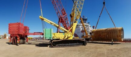 lifting equipment large construction